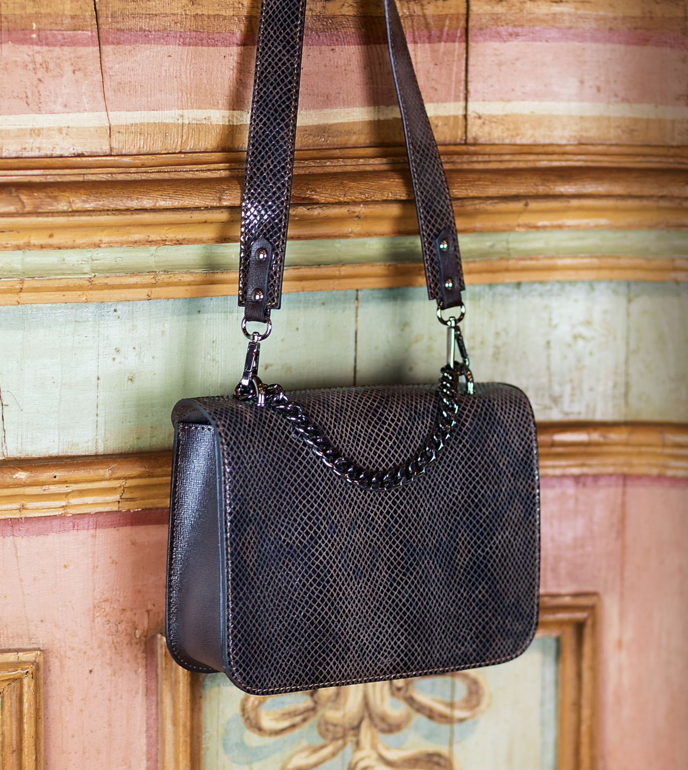 bags-aw1920-00005