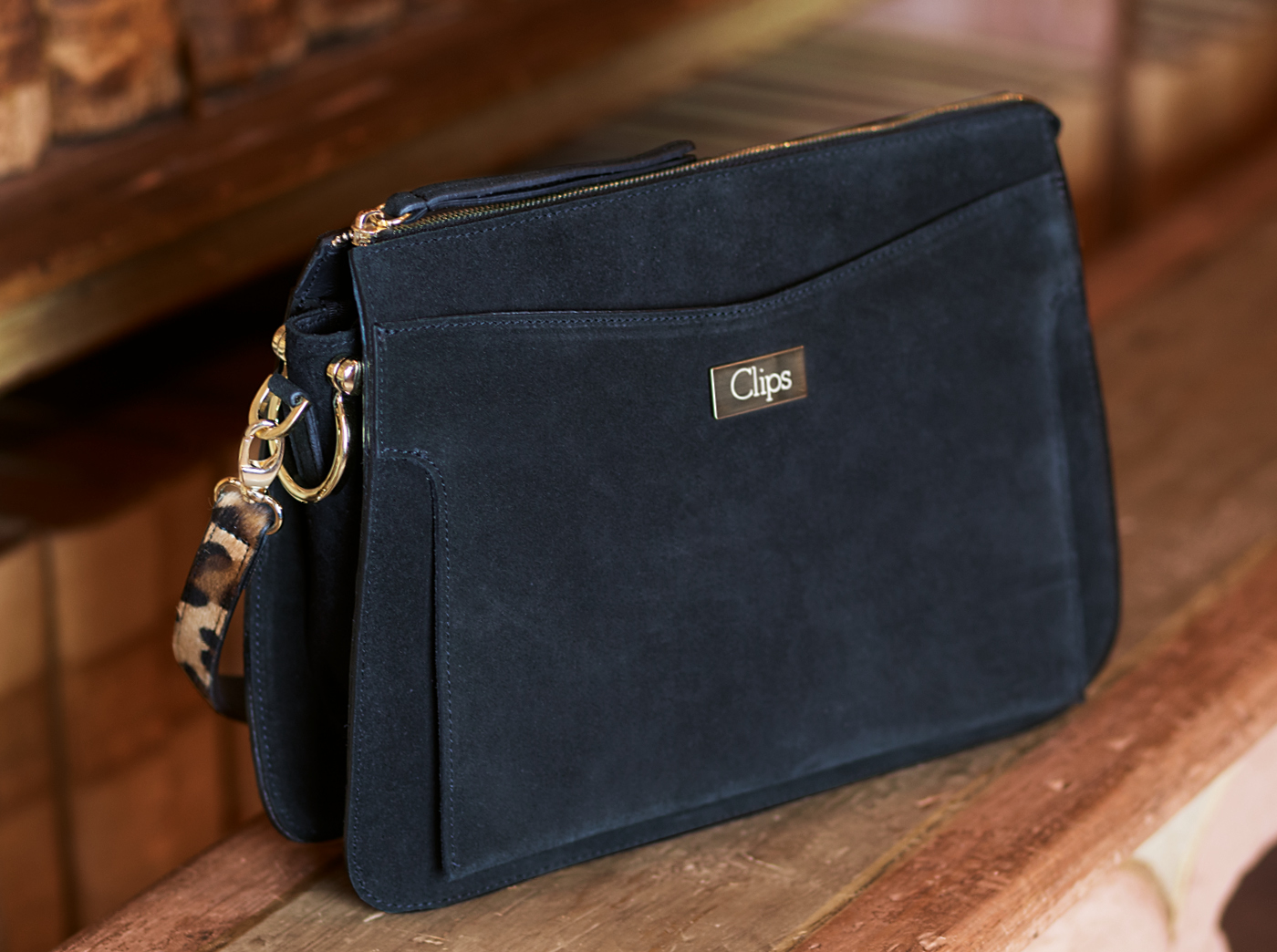 bags-aw1920-00011