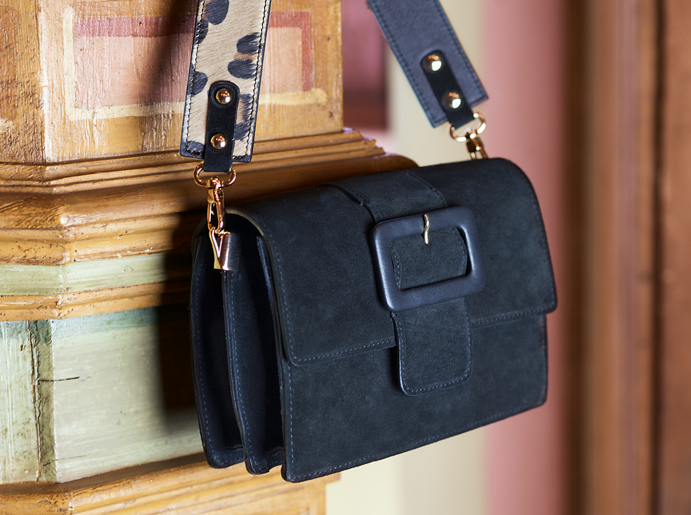bags-aw1920-00012
