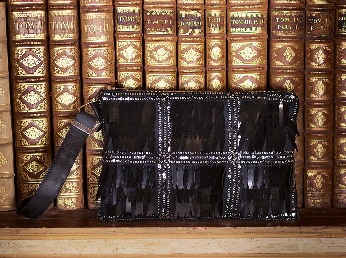 bags-aw1920-00014